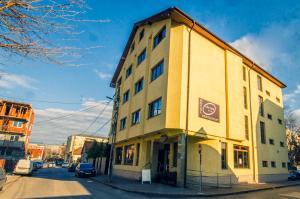 new_HOTELDAVOS(90of90).jpg